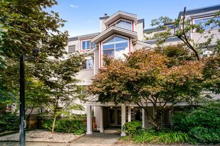 "Photo 1: 103 1465 COMOX Street in Vancouver: West End VW Condo for sale in ""BRIGHTON COURT"" (Vancouver West)  : MLS®# R2508131"