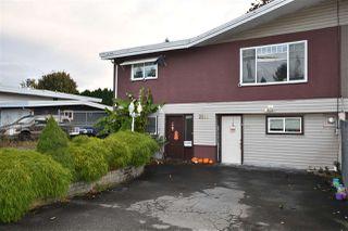 Photo 2: 2160 LYNDEN Street in Abbotsford: Abbotsford West 1/2 Duplex for sale : MLS®# R2513013
