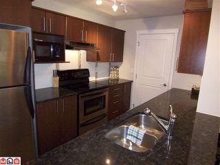 Photo 5: 106 19366 65 Avenue in Surrey: Clayton Condo for sale (Cloverdale)  : MLS®# F1015648