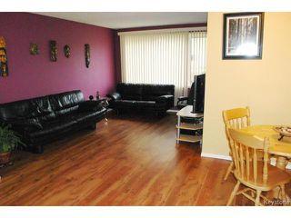 Photo 3: 77 Bourkewood Place in WINNIPEG: St James Residential for sale (West Winnipeg)  : MLS®# 1320484