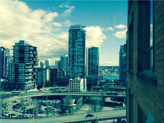 Photo 3: # 1604 888 PACIFIC ST in Vancouver: Yaletown Condo for sale (Vancouver West)  : MLS®# V1053468