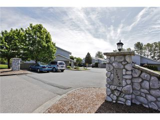 Photo 2: # 33 26970 32ND AV in Langley: Aldergrove Langley Condo for sale : MLS®# F1411771