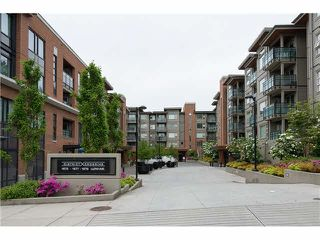 "Photo 1: 403 1673 LLOYD Avenue in North Vancouver: Pemberton NV Condo for sale in ""DISTRICT CROSSING"" : MLS®# V1073514"