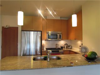 Photo 2: # 2307 400 CAPILANO RD in Port Moody: Port Moody Centre Condo for sale : MLS®# V1074906