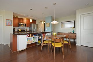 Photo 5: 705 610 VICTORIA STREET in New Westminster: Downtown NW Condo for sale : MLS®# R2356448