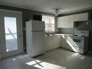 Photo 2: 53 Garden Crescent in St. Alberta: Townhouse for rent (St. Albert)