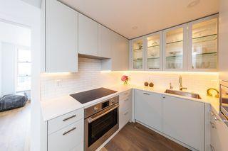 Photo 6: 1102 2350 W 39TH Avenue in Vancouver: Kerrisdale Condo for sale (Vancouver West)  : MLS®# R2390154