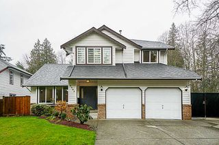 Photo 1: 8089 165A STREET in Surrey: Fleetwood Tynehead House for sale : MLS®# R2347020