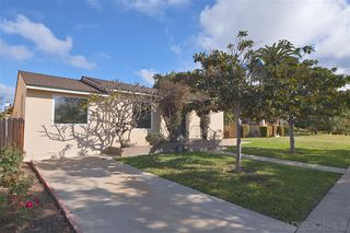 Photo 3: PACIFIC BEACH House for sale : 4 bedrooms : 1224 Emerald St in San Diego