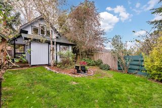 Photo 2: 2061 N Kennedy St in : Sk Sooke Vill Core House for sale (Sooke)  : MLS®# 858944