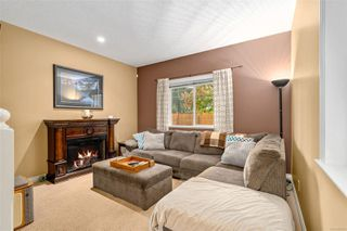 Photo 3: 129 951 Goldstream Ave in : La Langford Proper Row/Townhouse for sale (Langford)  : MLS®# 859153