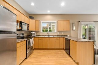 Photo 6: 129 951 Goldstream Ave in : La Langford Proper Row/Townhouse for sale (Langford)  : MLS®# 859153