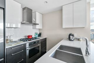 "Photo 10: 1617 1618 QUEBEC Street in Vancouver: Mount Pleasant VE Condo for sale in ""CENTRAL"" (Vancouver East)  : MLS®# R2518499"