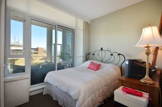 """Photo 7: 708 1616 COLUMBIA Street in Vancouver: False Creek Condo for sale in """"VILLAGE AT FALSE CREEK"""" (Vancouver West)  : MLS®# V931118"""