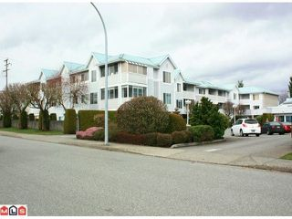 Photo 1: 210 32823 LANDEAU Place in Abbotsford: Central Abbotsford Condo for sale : MLS®# F1206784