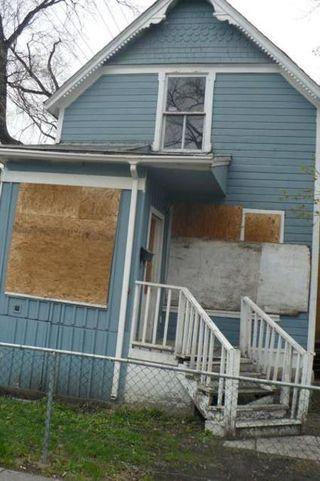 Photo 1: 349 BOYD Street in Winnipeg: Residential for sale (Canada)  : MLS®# 1109081