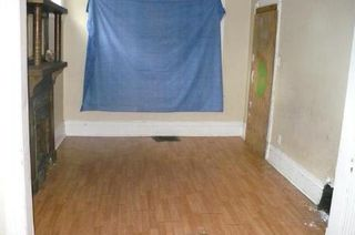 Photo 2: 349 BOYD Street in Winnipeg: Residential for sale (Canada)  : MLS®# 1109081