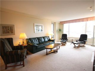 """Photo 3: 1202 5615 HAMPTON Place in Vancouver: University VW Condo for sale in """"THE BALMORAL"""" (Vancouver West)  : MLS®# V979021"""