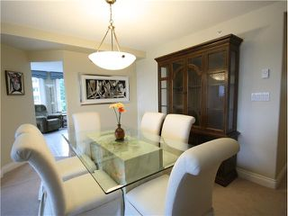 """Photo 1: 1202 5615 HAMPTON Place in Vancouver: University VW Condo for sale in """"THE BALMORAL"""" (Vancouver West)  : MLS®# V979021"""