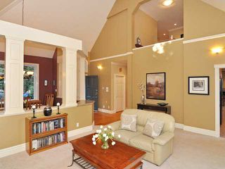 Photo 2: 4650 HEADLAND Drive in West Vancouver: Caulfeild House for sale : MLS®# V998942