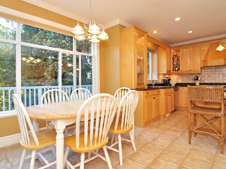 Photo 10: 4650 HEADLAND Drive in West Vancouver: Caulfeild House for sale : MLS®# V998942