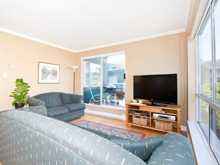 Photo 4: 302 1540 MARINER Walk in Vancouver: False Creek Condo for sale (Vancouver West)  : MLS®# V1016091