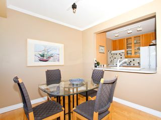 Photo 7: 302 1540 MARINER Walk in Vancouver: False Creek Condo for sale (Vancouver West)  : MLS®# V1016091