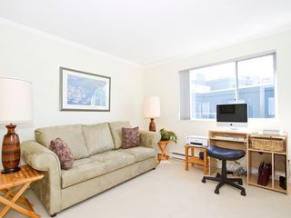 Photo 14: 302 1540 MARINER Walk in Vancouver: False Creek Condo for sale (Vancouver West)  : MLS®# V1016091