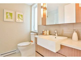 Photo 12: PH2 562 E 7TH Avenue in Vancouver: Mount Pleasant VE Condo for sale (Vancouver East)  : MLS®# V1073318