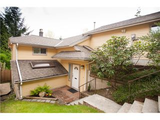 Photo 2: 617 THURSTON TE in Port Moody: North Shore Pt Moody House for sale : MLS®# V1116599