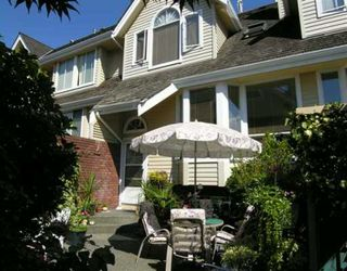 Photo 2: 230 E KEITH Road in North Vancouver: Central Lonsdale Townhouse for sale : MLS®# V610876