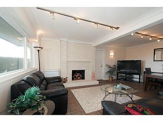 Photo 13: 586 CRAIGMOHR DRIVE in WEST VANCOUVER: Glenmore House for sale (West Vancouver)