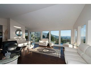 Photo 5: 586 CRAIGMOHR DRIVE in WEST VANCOUVER: Glenmore House for sale (West Vancouver)