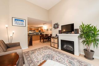 Photo 3: 420 1633 MACKAY AVENUE in North Vancouver: Pemberton NV Condo for sale : MLS®# R2038013