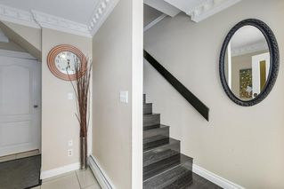 Photo 3: 320 E 34TH AVENUE in Vancouver: Main House for sale (Vancouver East)  : MLS®# R2279726
