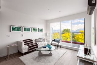 Photo 2: PH501 379 E BROADWAY in Vancouver: Mount Pleasant VE Condo for sale (Vancouver East)  : MLS®# R2394605