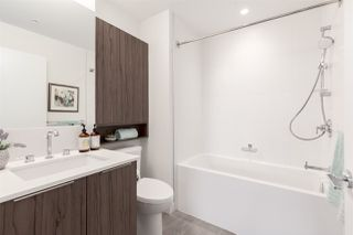 Photo 6: PH501 379 E BROADWAY in Vancouver: Mount Pleasant VE Condo for sale (Vancouver East)  : MLS®# R2394605