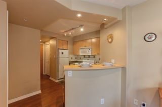 Photo 5: 405 680 CLARKSON STREET in New Westminster: Downtown NW Condo for sale : MLS®# R2322081