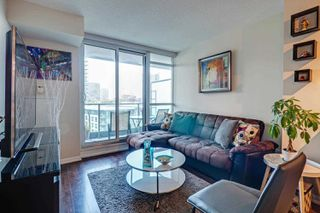 Photo 2: 974 209 Fort York Boulevard in Toronto: Waterfront Communities C1 Condo for sale (Toronto C01)  : MLS®# C4599668