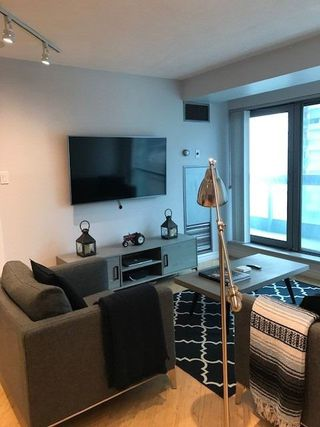 Photo 9: 901 10 Yonge Street in Toronto: Waterfront Communities C1 Condo for lease (Toronto C01)  : MLS®# C4646247