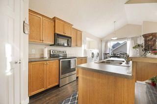 Photo 2: 7915 13 Avenue in Edmonton: Zone 53 House for sale : MLS®# E4192171