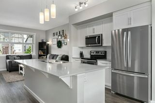 Photo 8: 2255 GLENRIDDING Boulevard in Edmonton: Zone 56 Attached Home for sale : MLS®# E4203586