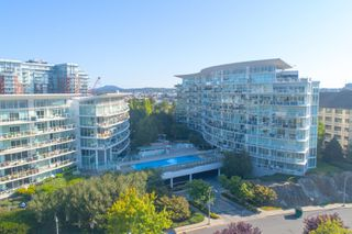 Photo 24: 220 68 Songhees Rd in : VW Songhees Condo for sale (Victoria West)  : MLS®# 851113