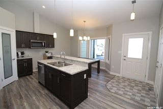 Photo 3: 143 Heritage Landing Crescent in Battleford: Residential for sale : MLS®# SK820994