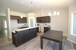 Photo 2: 143 Heritage Landing Crescent in Battleford: Residential for sale : MLS®# SK820994