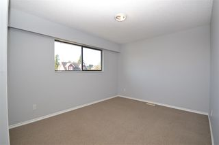 Photo 15: 7510 JAMES STREET in Mission: Mission BC House for sale : MLS®# R2515271
