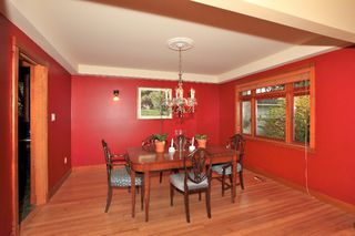 Photo 9: 402 E 5TH Street in North Vancouver: Lower Lonsdale House for sale : MLS®# V978336