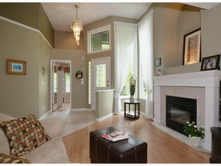"Photo 2: 20640 93A Avenue in Langley: Walnut Grove House for sale in ""GREENWOOD ESTATES"" : MLS®# F1303884"