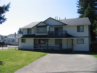 Photo 1: 8417 - 8427 156A ST in Surrey: Fleetwood Tynehead House Duplex for sale : MLS®# F1310910