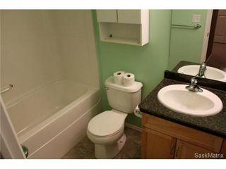 Photo 8: 272 MOUNT ROYAL Place in Regina: Mount Royal Condominium for sale (Regina Area 02)  : MLS®# 476624